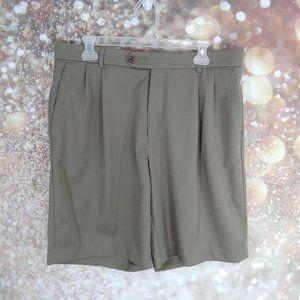 Neiman Marcus dress shorts olive green size 34